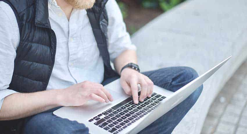 16 legit typing jobs from home